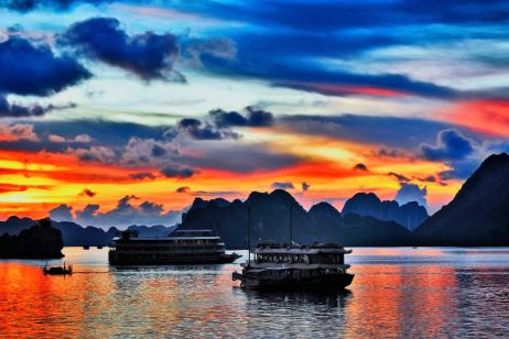 When is the best time to visit Vietnam's Halong Bay?