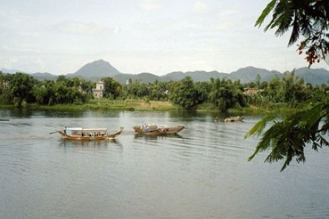 Take a cruise along Huong river