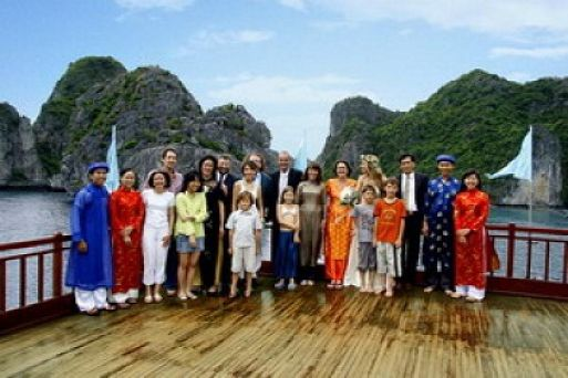Travel to Halong Bay during Tet holiday