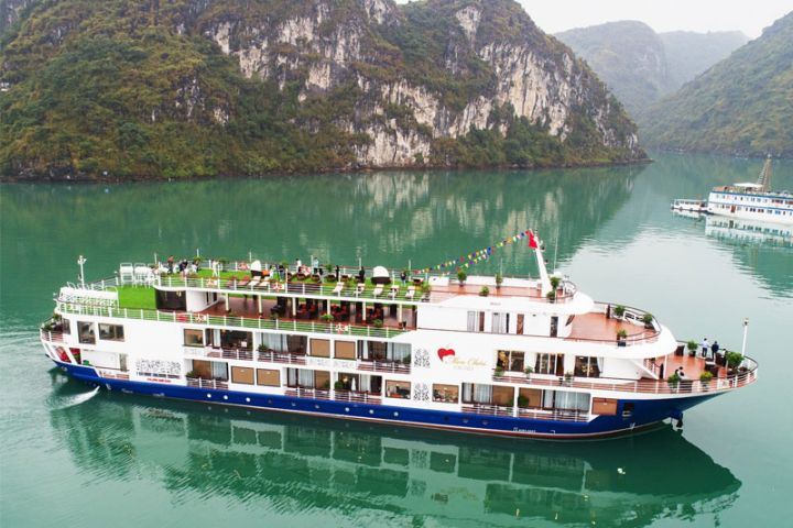 Onboard MON CHÉRI Cruises 2 Days/ 1night