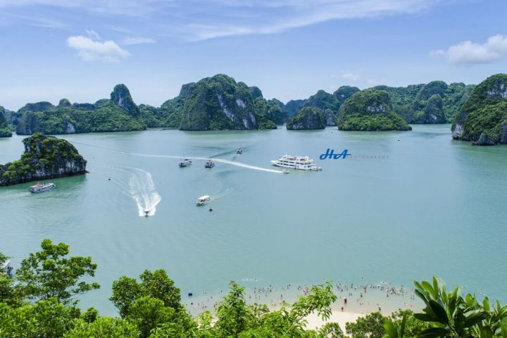 Hanoi, Ha Long Bay Unesco Heritage Sites
