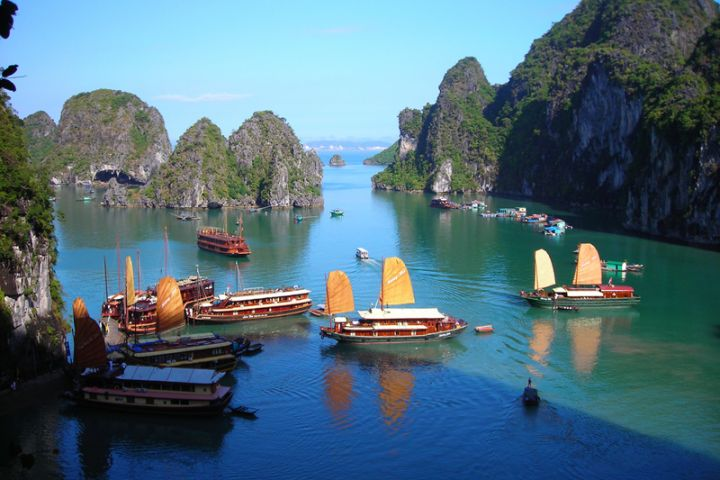 Hanoi, Halong Bay 4 Days/ 3 Nights