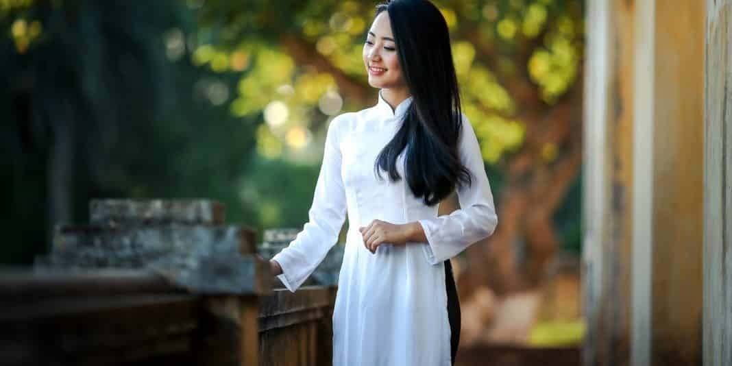 Ao dai Traditional Dress
