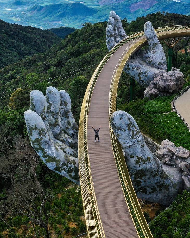 Golden Bridges - Bana Hills, Danang