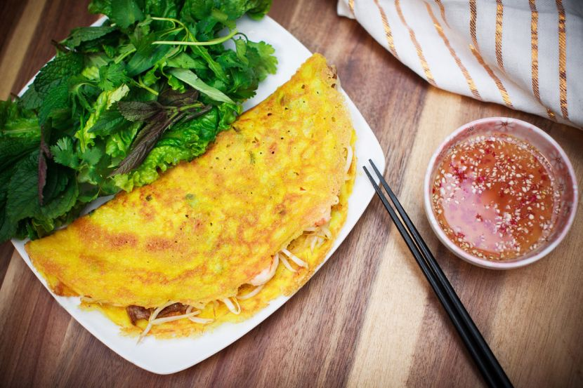 10 Vietnamese foods you need to try - Banh xeo
