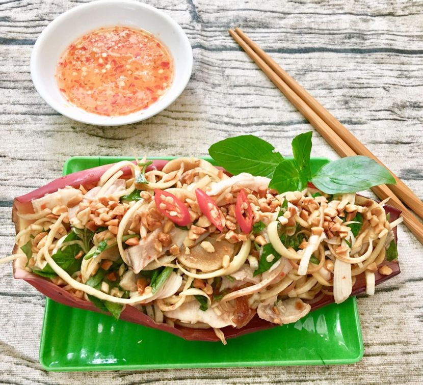 10 Vietnamese foods you need to try - Nom hoa chuoi
