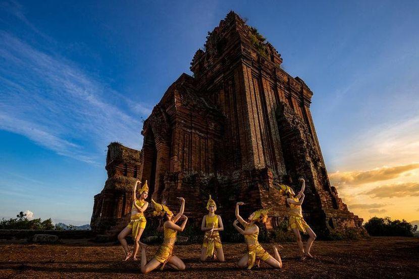 Award winning photographs present Vietnam's charm picture 12
