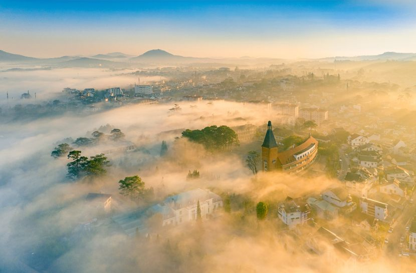 Award winning photographs present Vietnam's charm picture 2