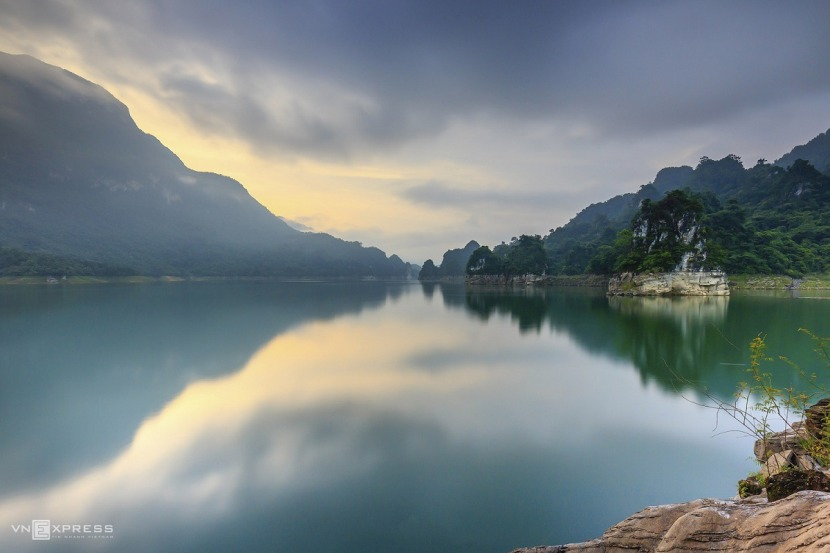 The sensory overload that is Na Hang Lake 4